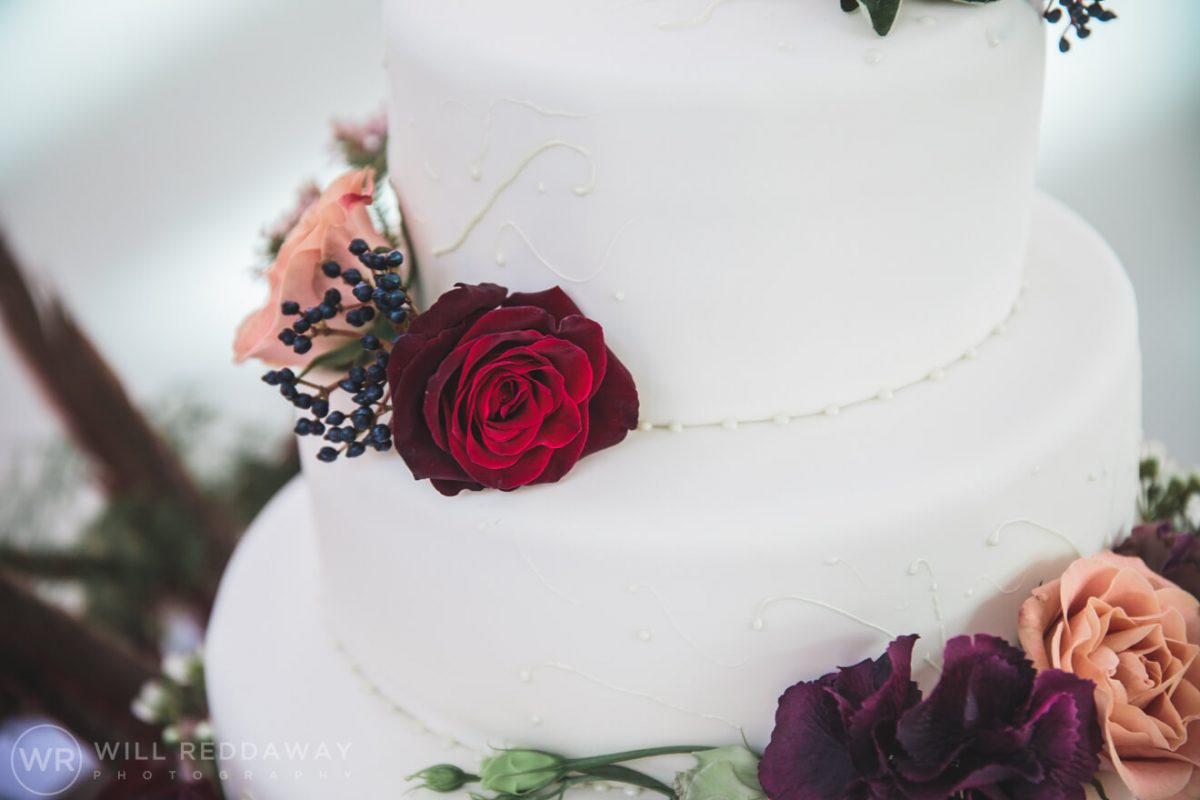 Rockbeare Manor Wedding | Devon Wedding Photographer | Wedding Cake