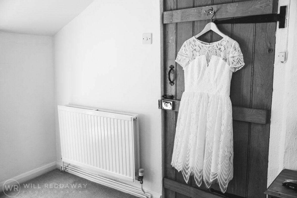 Deers Leap Retreat Wedding | Devon Wedding Photographer | Bridal Preparations