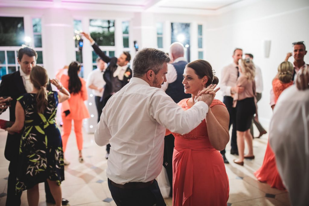 Rockbeare Manor Wedding | Devon Wedding | Dancing