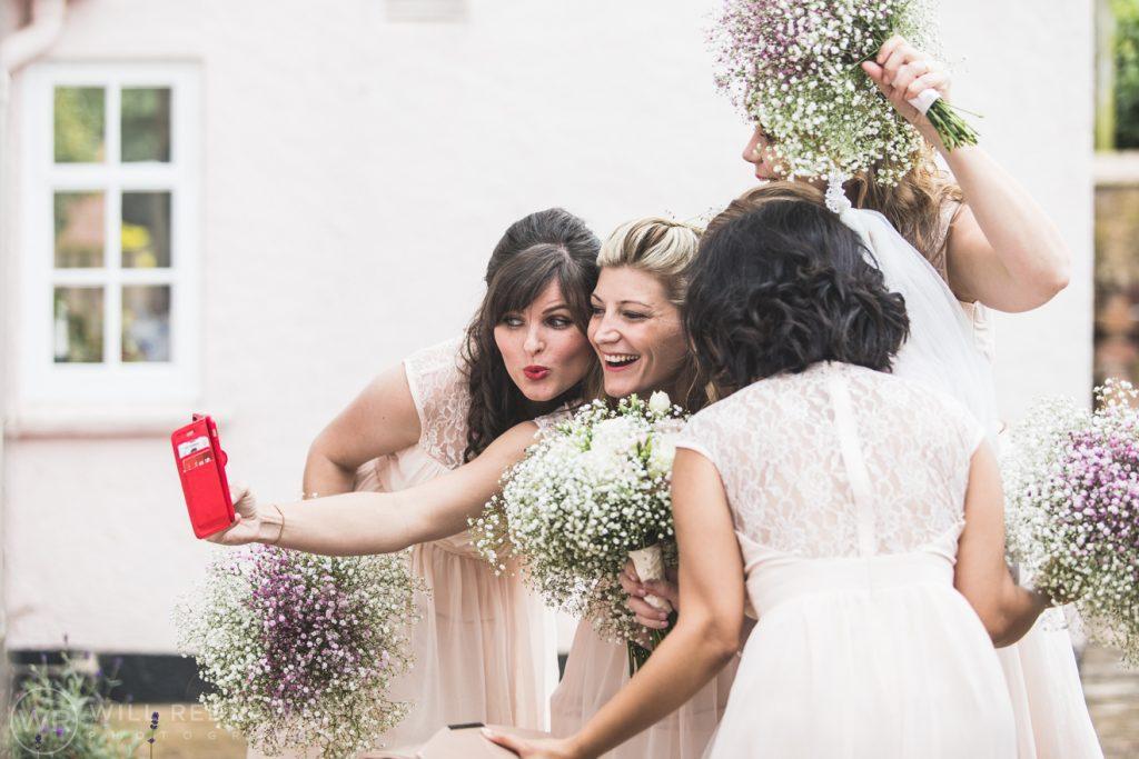 Farringdon Marquee Wedding   Devon Wedding Photographer   Bridesmaid Selfie