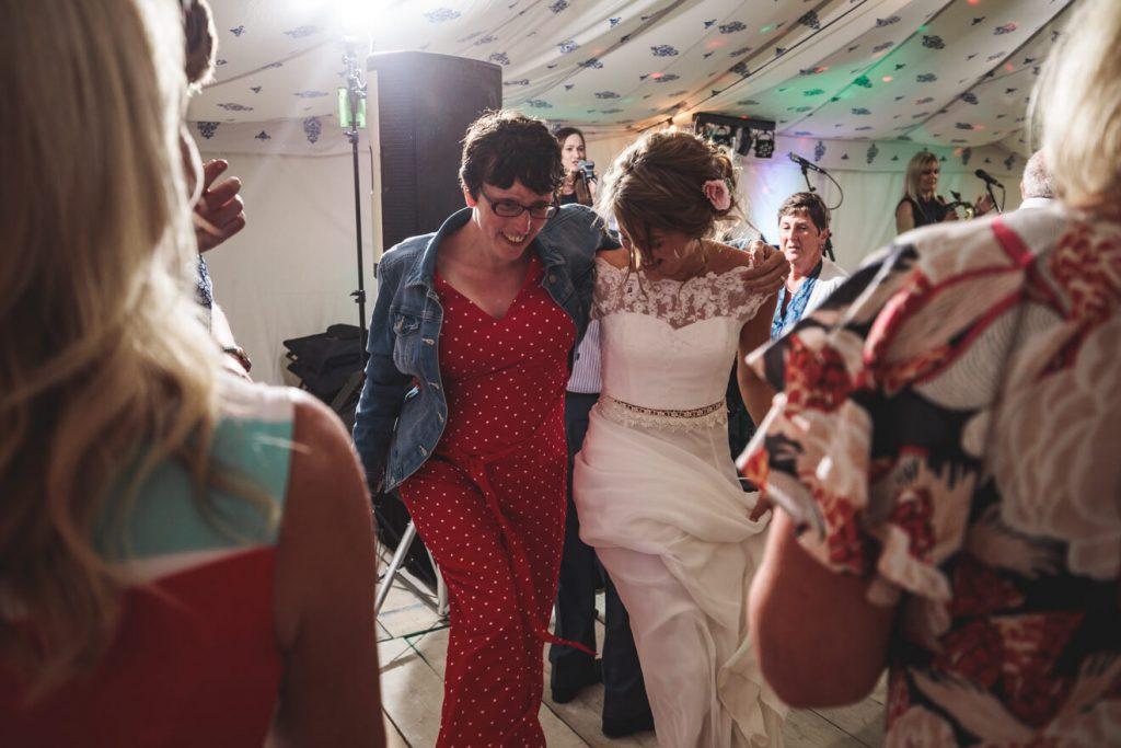 Polzeath Wedding   Cornwall Wedding Photographer   Party