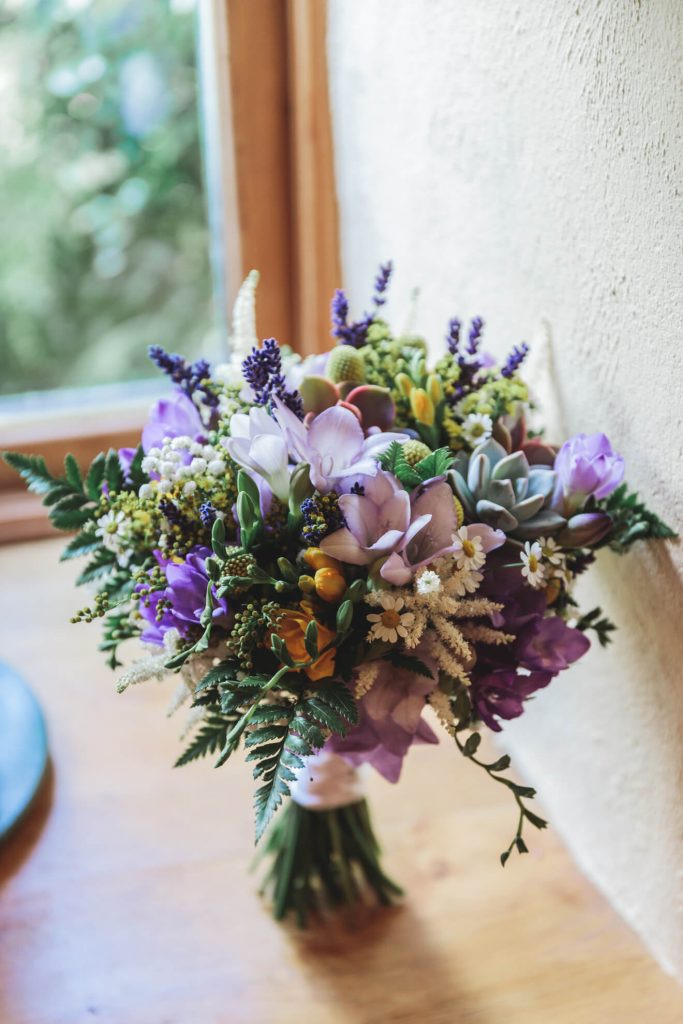 Middle Coombe Farm Wedding | Devon Wedding Photographer | Bridal Preparations